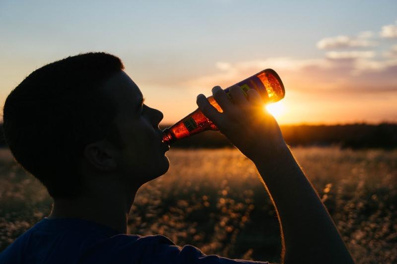 рост употребления алкоголя подростками