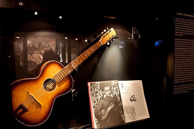 Немного из истории гитары