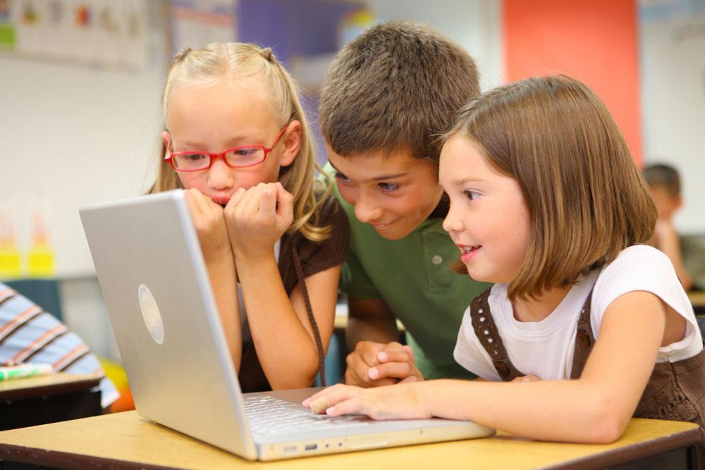 Обучение ребенка с помощью компьютерных развивающих игр