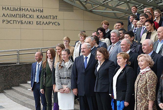 Лукашенко посетил Национальный олимпийский комитет