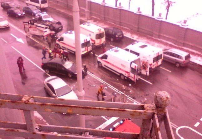 ВМинске «Ситроен» опрокинул машину скорой, вероятны жертвы