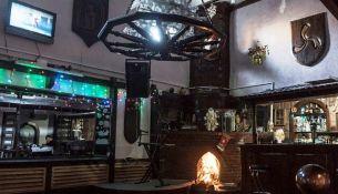 Кафе «Таверна» в Пинске