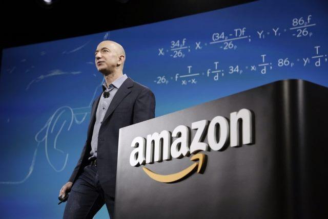 Основатель Amazon стал самым богатым человеком в истории
