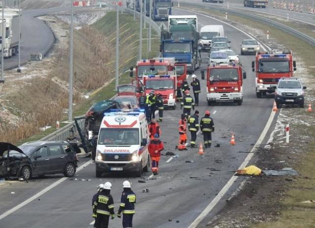 Дальнобойщик из Республики Беларусь сбил 2-х дерущихся водителей напольской трассе