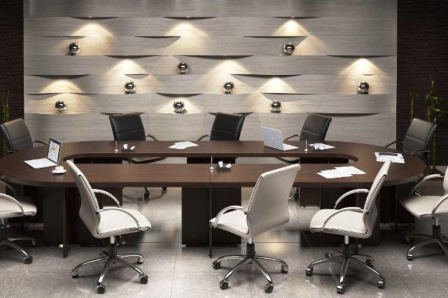 Респектабельный офисный стол для переговорной