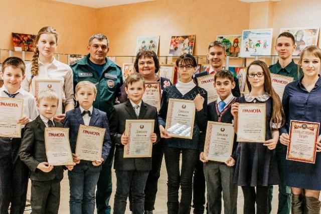 Школьники из Пинска и Пинского района на областной олимпиаде по ОБЖ - фото.