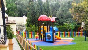 Детская площадка: как обустроить и на что обратить внимание - фото