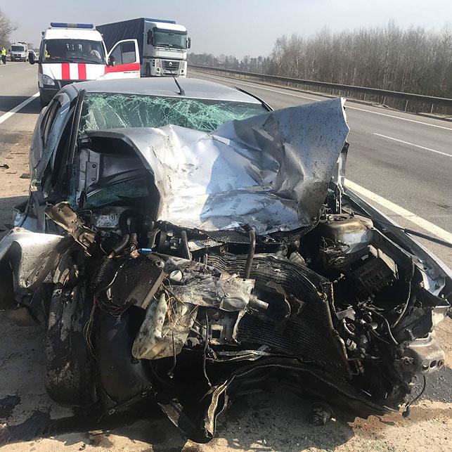 Под Минском вДТП стремя транспортными средствами умер человек