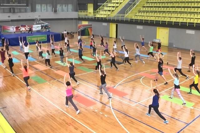Фитнес-марафон в ПолесГУ - фото