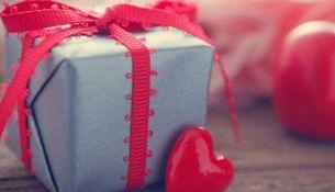 ТОП-10 подарков для девочек всех возрастов - фото