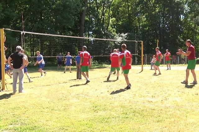 Волейбол - фото