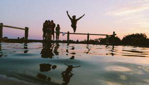 Плавание на озере -фото