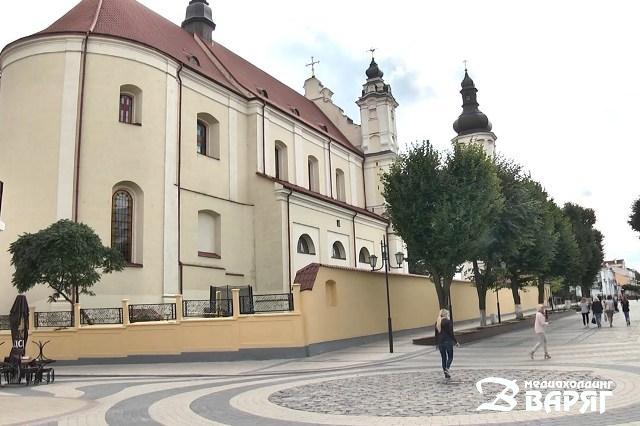 Францисканский (Успения Девы Марии) костел в Пинске - фото