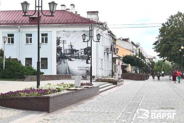 Пешеходная ул. Ленина в Пинске - фото