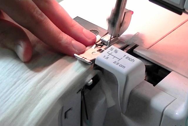 нитки в промышленный оверлок - фото