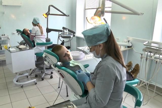 Лечение зубов - фото