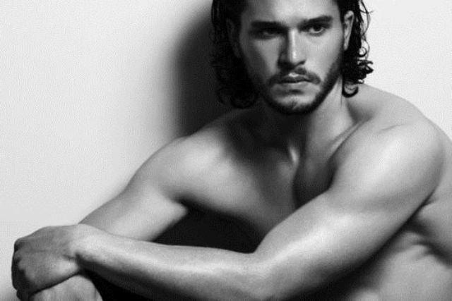 голые фото актера «Игры престолов» Кита Харингтона