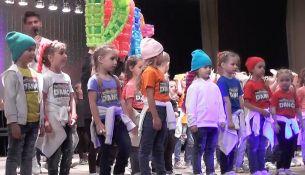 Школа танцев - фото