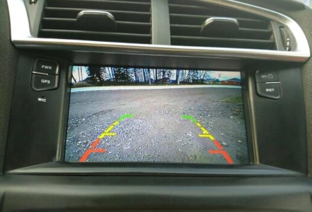 Выбор и установка камеры заднего вида для автомобиля - фото