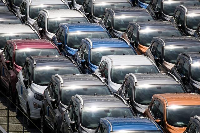 продажи новых авто - фото
