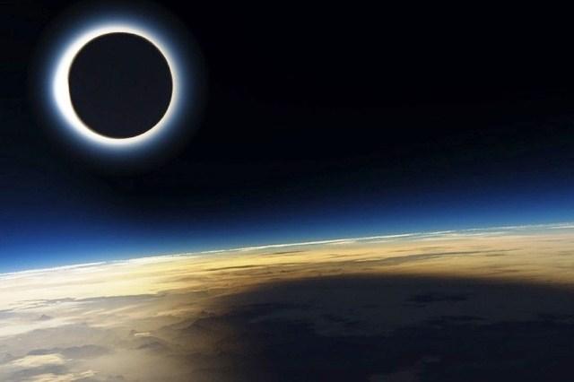 Небо января 2019 года: нас ждут солнечное и лунное затмения - фото