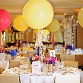 Оформление торжества воздушными шарами - фото
