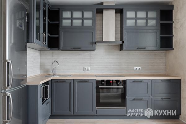 сочетание мебели и техники на кухне - фото