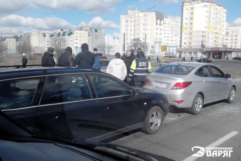 жесткое задержание на пр. Жолтовского в Пинске - фото