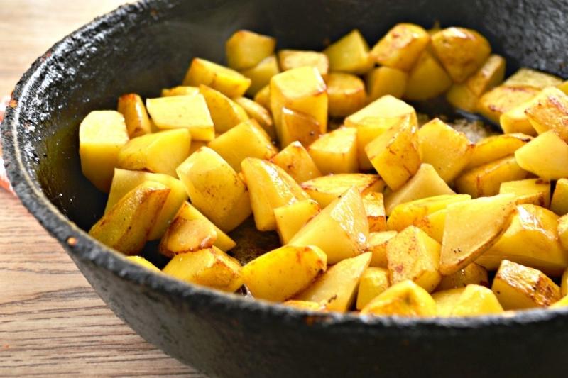 как экономно жарить картошку - фото