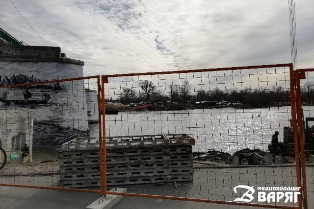 В центре Пинска до ноября меняется схема движения транспорта из-за ремонта моста