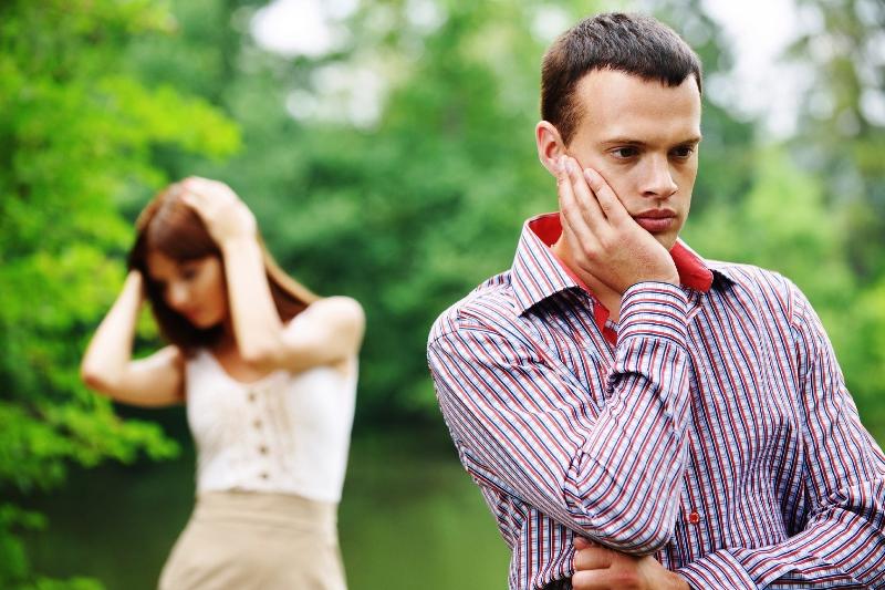 весной люди чаще разводятся - фото