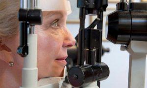 Диабетическая ретинопатия - фото