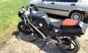 Несовершеннолетний мотоциклист-бесправник пытался скрыться от ГАИ - фото