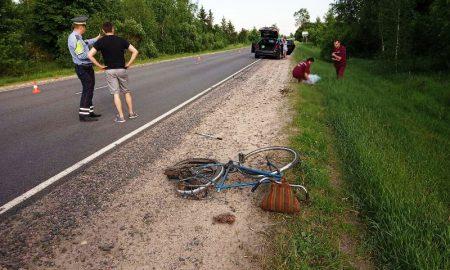 насмерть сбил велосипедиста - фото