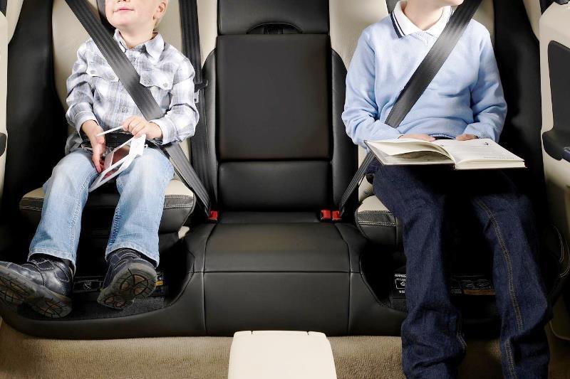 штрафы за неправильную перевозку детей, «Сел в машину – пристегни ремень!» - фото