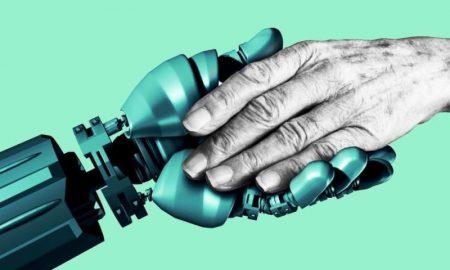 Ученые создали идеального робота для домов престарелых - фото