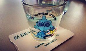Житель Пинска дал банковскую карту знакомому и лишился 1250 рублей - фото