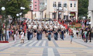 Парад чирлидеров впервые прошел в Пинске - фото