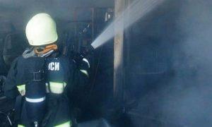 Пожар в гараже - фото