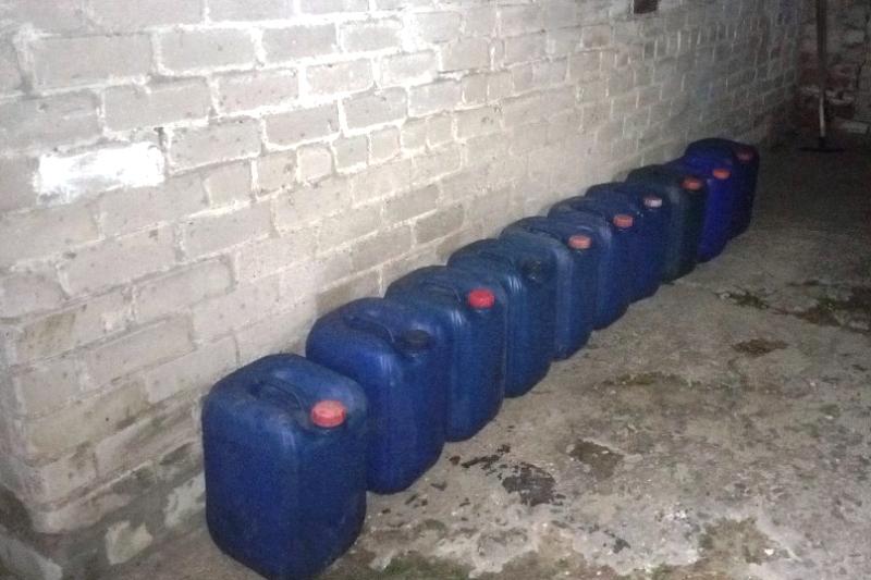 300 литров топлива - фото УВД