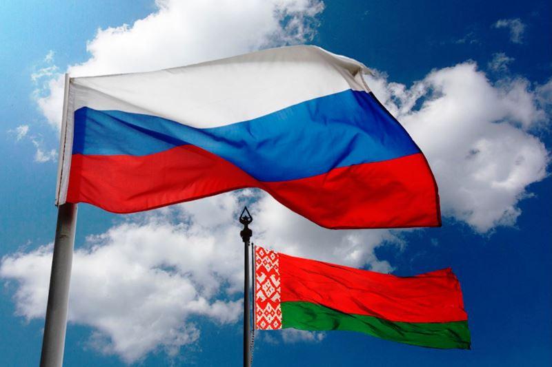 Беларусь и Россия, флаги, фото