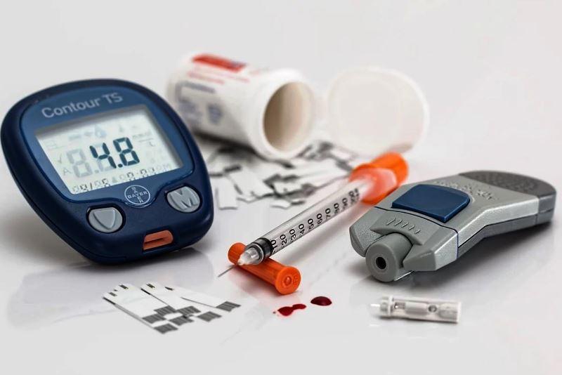 сахарным диабетом - фото