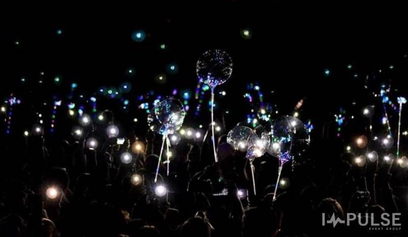 Светящиеся шары - фото