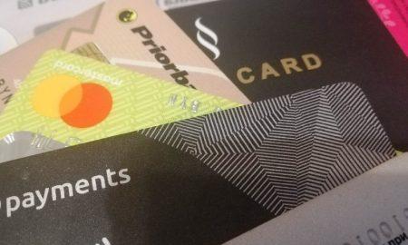 Хищения с карточек продолжаются - фото