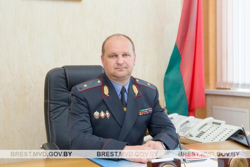 Александр Астрейко, прямая телефонная линия- фото УВД