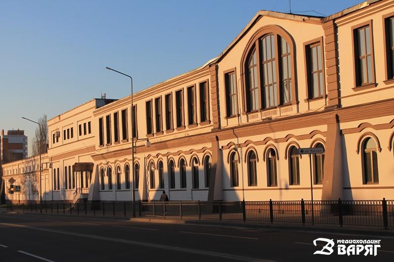 Спичечная фабрика - фото
