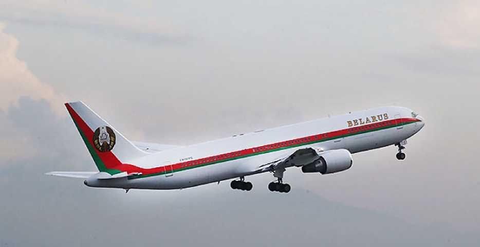Лукашенко отправился в Сочи - фото