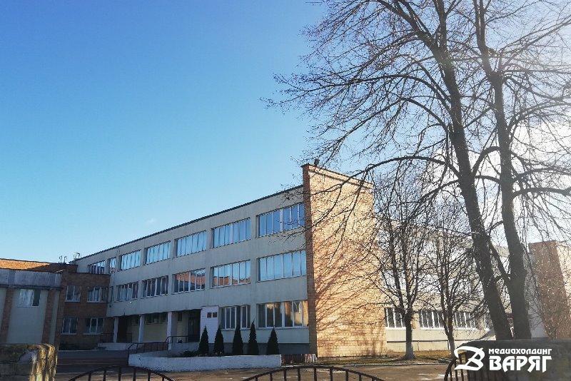 Пинковичскаясредняя школа - фото