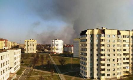 Пинск затянуло дымом - фото