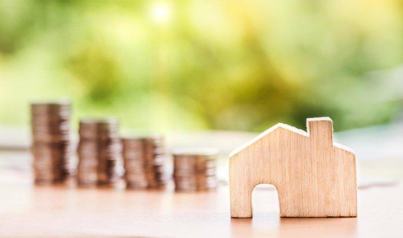 Дом, договор с агентством недвижимости - фото
